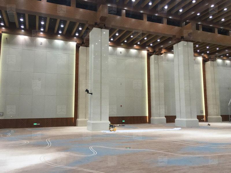 敦煌国际会展中心会议厅完工1