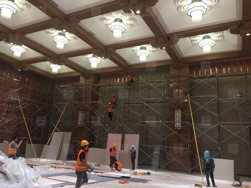 敦煌国际会展中心多功能厅施工1